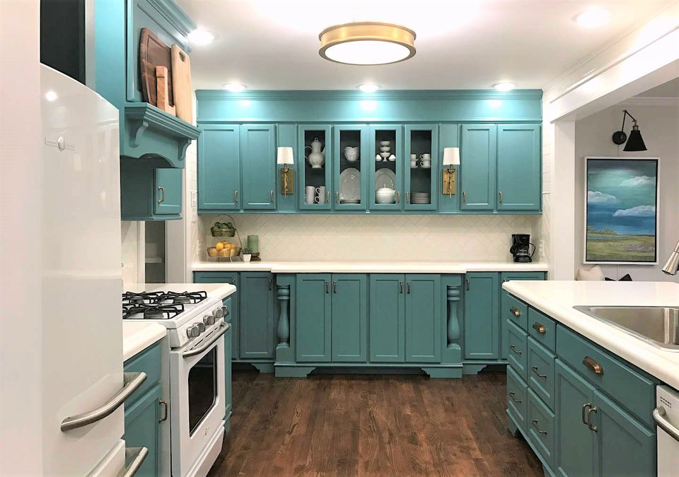 Kitchen paint color ideas that are beyond gorgeous for Teal kitchen ideas