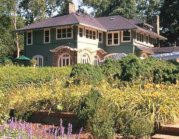 Craftsman house photos inspired by arts and crafts for Craftsman homes in charlotte nc