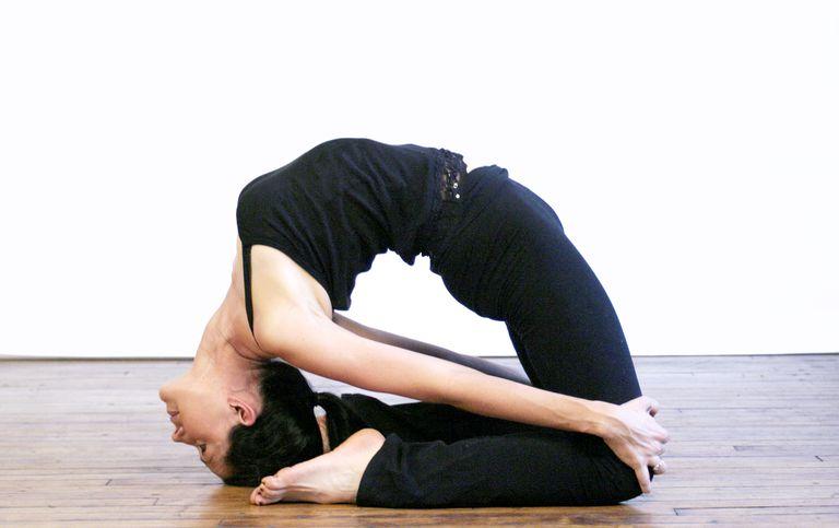 How to Do Little Thunderbolt Pose - Laghu Vajrasana