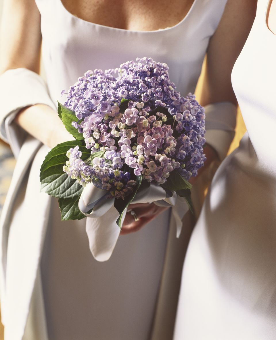 Wedding Bridal Flowers: 12 Summer Wedding Flowers In Season