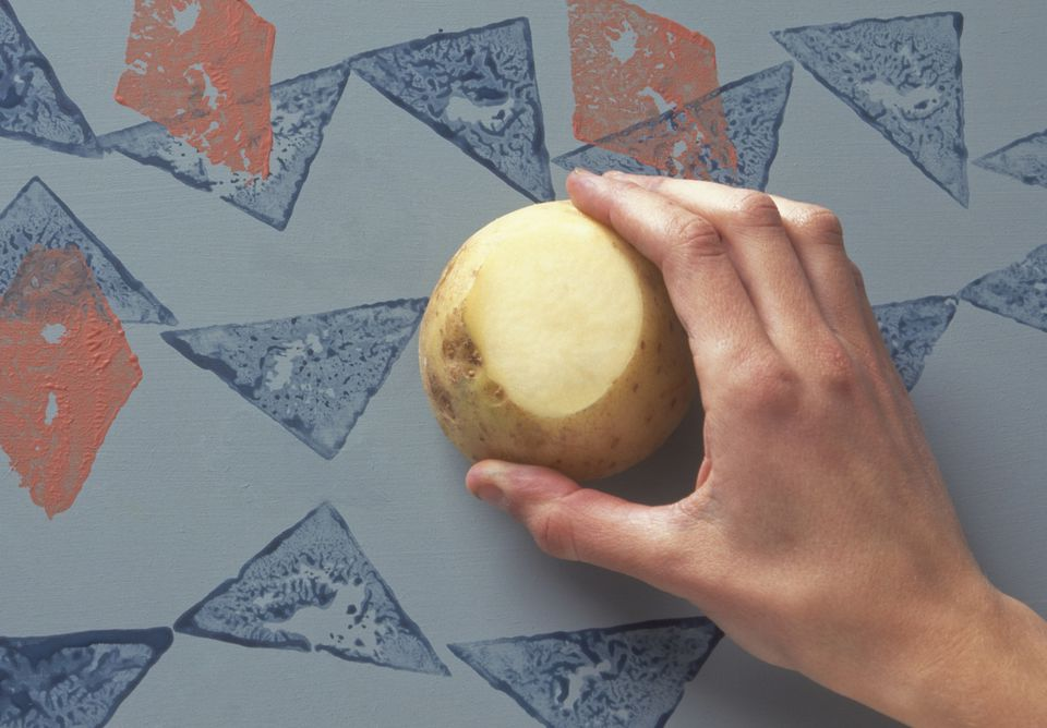 Making triangular and diamond shape potato prints