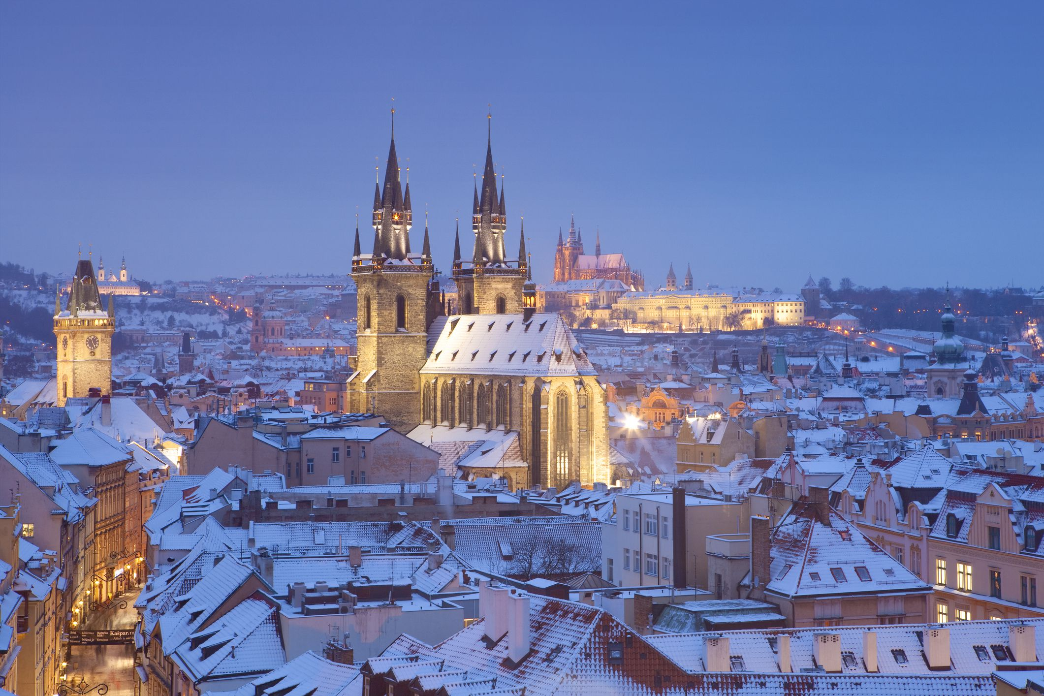 Prague winter travel information for Warm places to visit in december in usa
