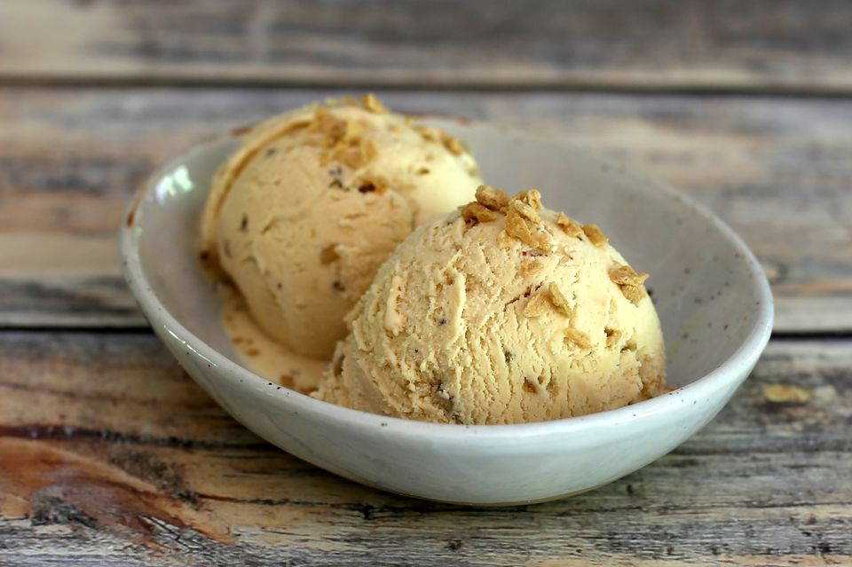 Maple Walnut Ice Cream With Maple Flakes