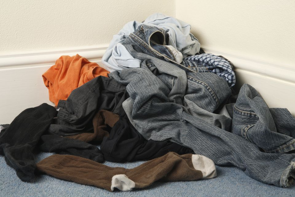 Clothes Being Washed ~ How to wash dark clothes reduce fading