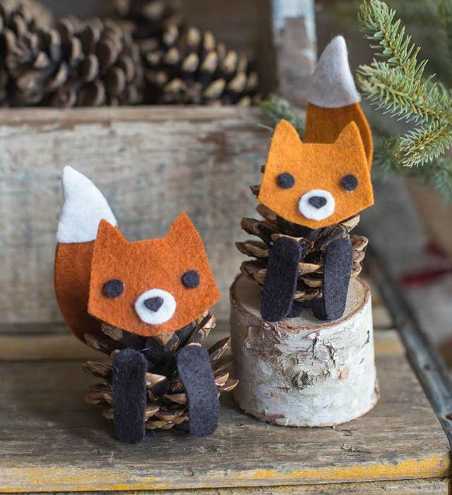 pinecone foxes