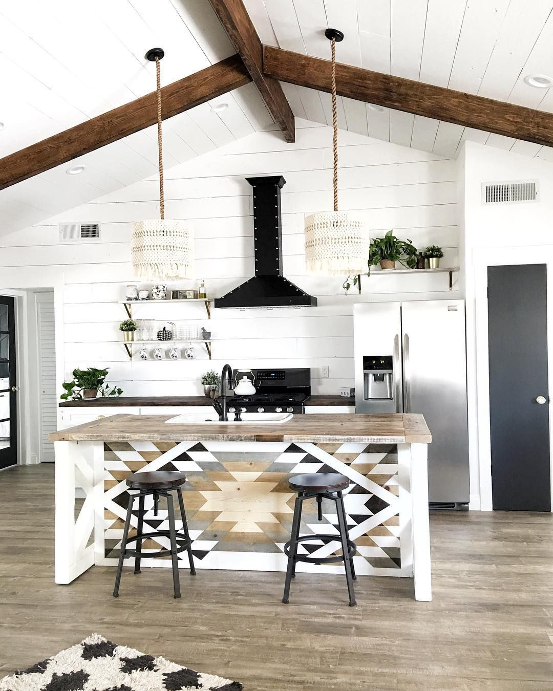 Kitchen Room Interior Design: How To Add Bohemian Elements Into Your Farmhouse Décor