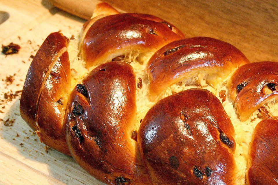 Traditional Italian Easter Bread