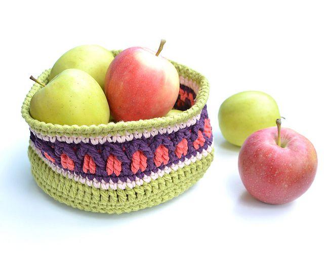Apple Basket Crochet Pattern