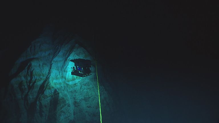 Ocean trenches the deepest regions on earth ocean trench publicscrutiny Images