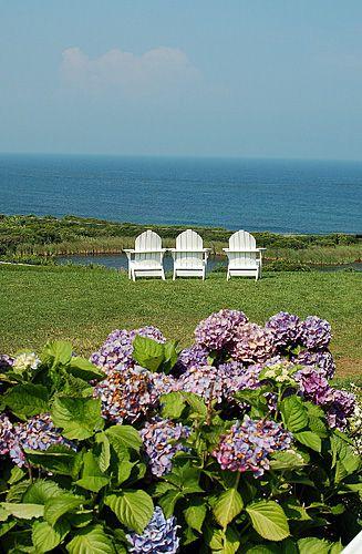 Block Island Rhode Island Photo - Block Island Sittin' Machines at Spring House Hotel