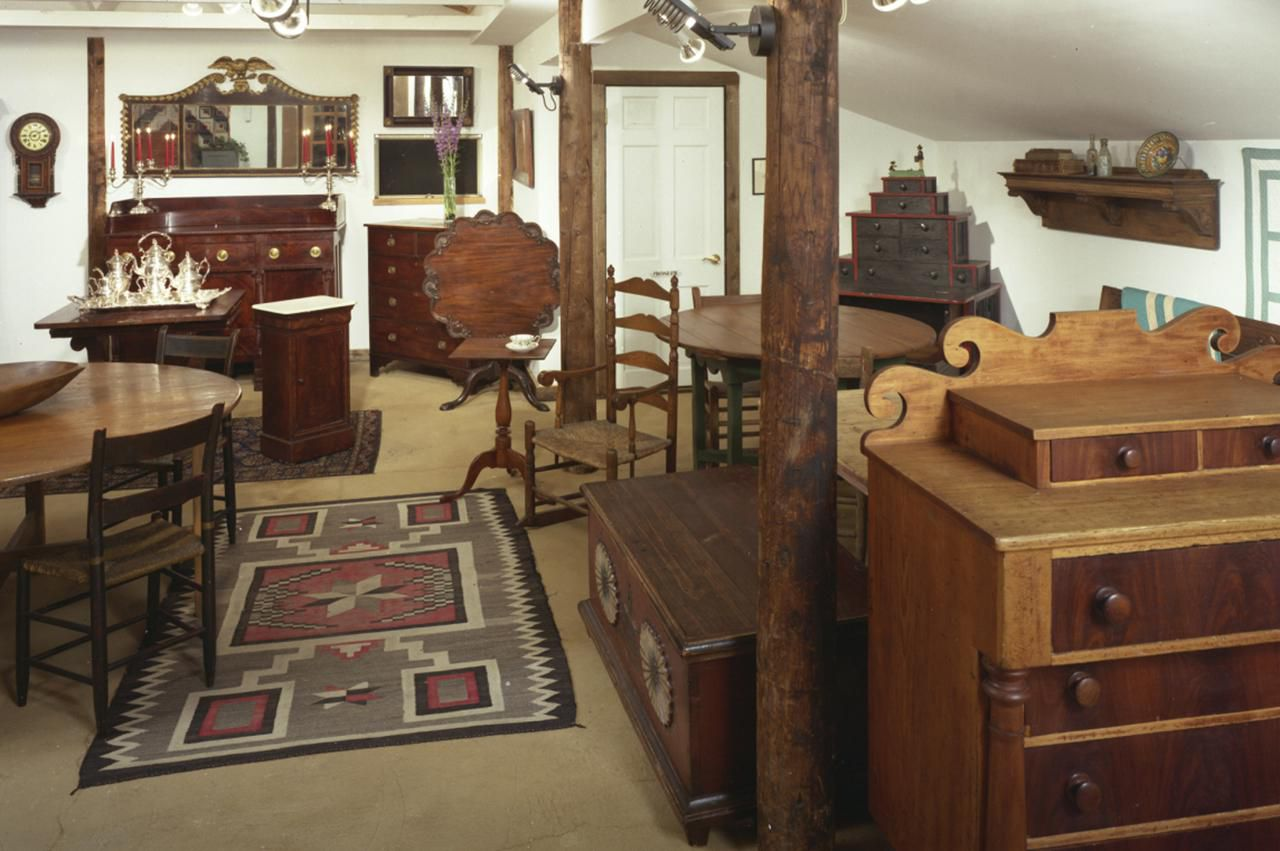 Where and How Can You Sell Refurbished Furniture?