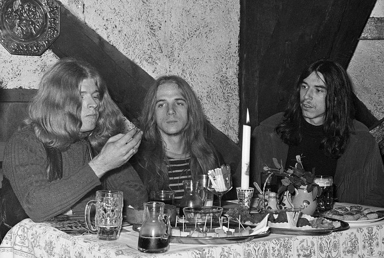 Six rock bands that brought heavy to the blues blue cheer malvernweather Images