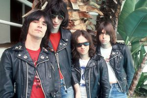 an introduction to the history of the ramones The entire history of punk is not one of those meticulously compiled and annotated box sets that comprehensively survey a portion of musical history instead, it is a randomly organized.