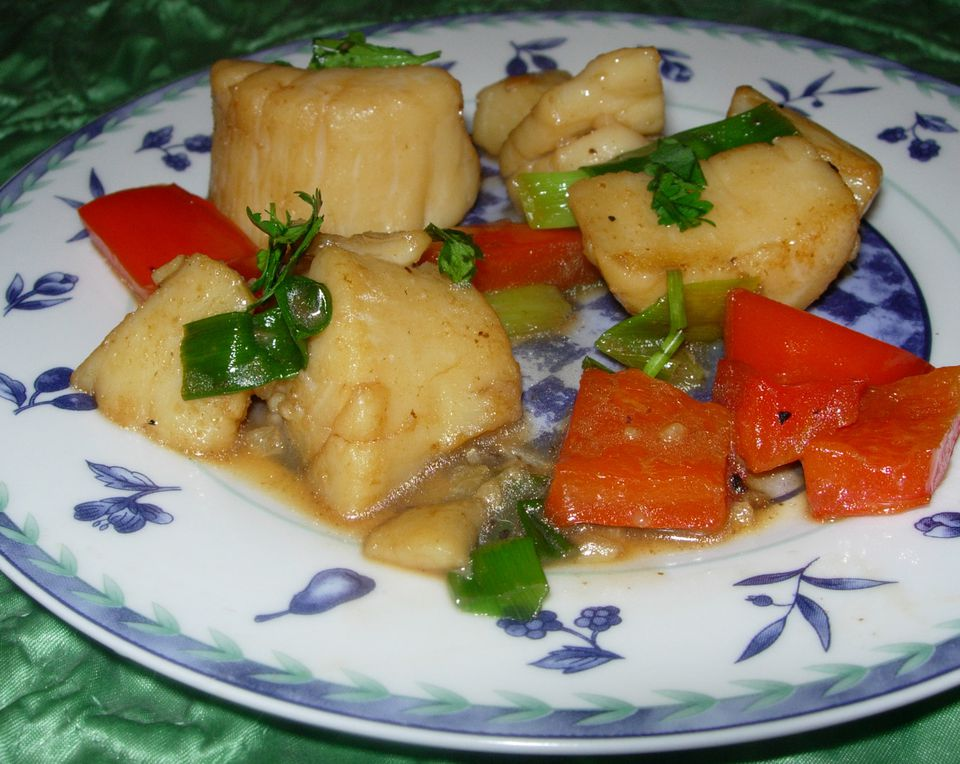Garlic Scallops With Red Bell Pepper