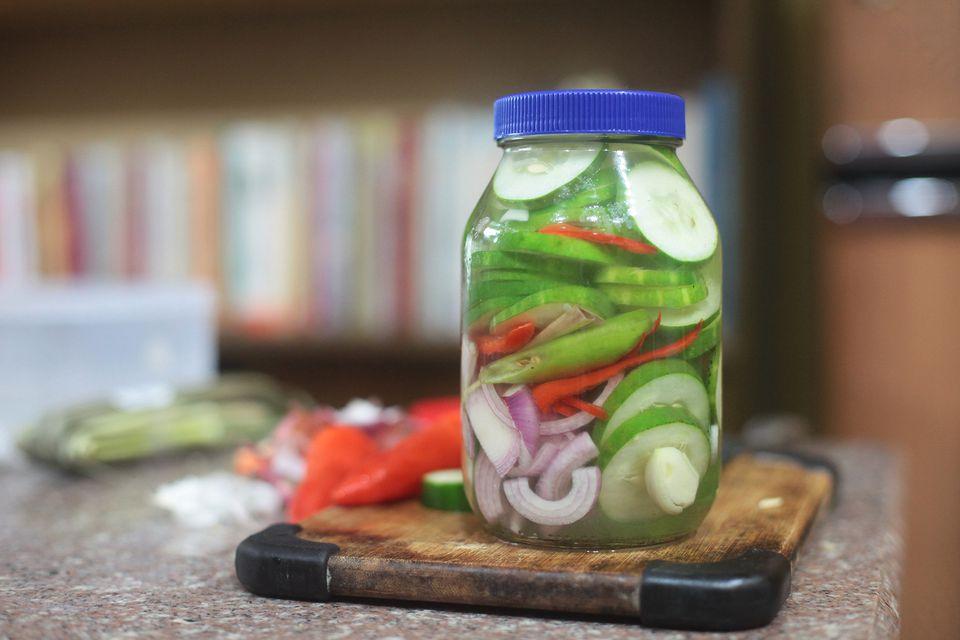 Ensaladang Pilipino (Filipino Vegetable Salad)