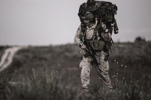 how to become a marine corps reconnaissance man