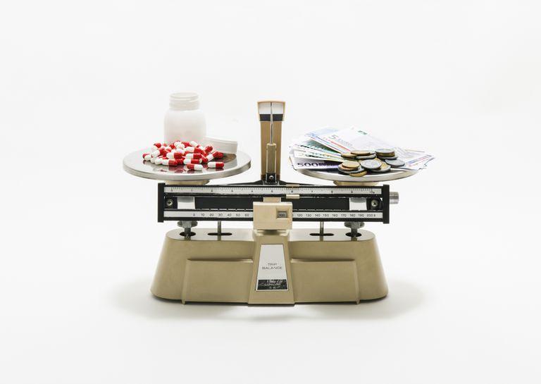 Balancing Health Care Costs Original Medicare Medicare Advantage