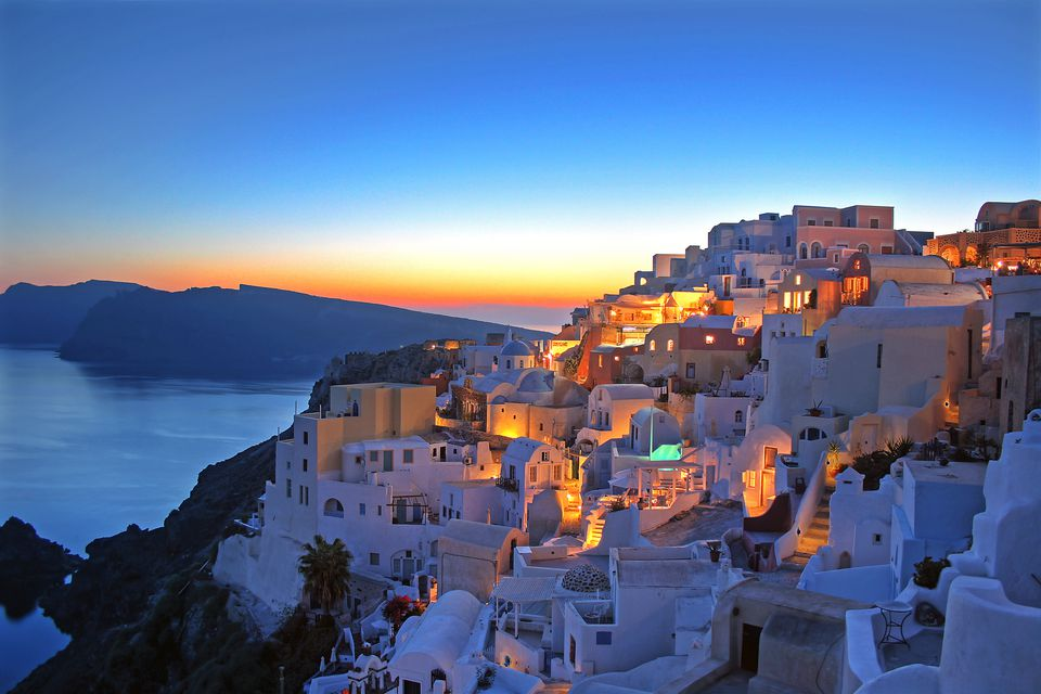 Guide To The Best Sunset Viewing Spots On Santorini