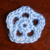 Easy Small Crochet Flower