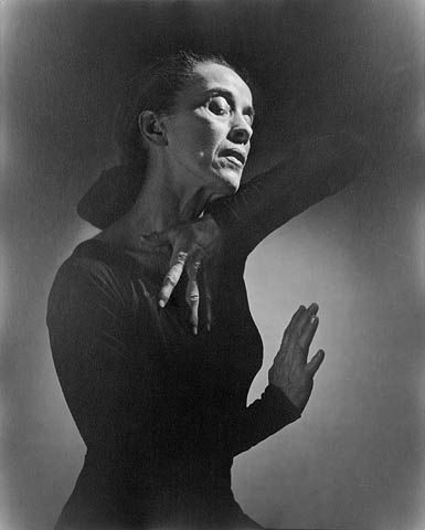 Martha Graham, la gran maestra en la historia de la danza moderna.