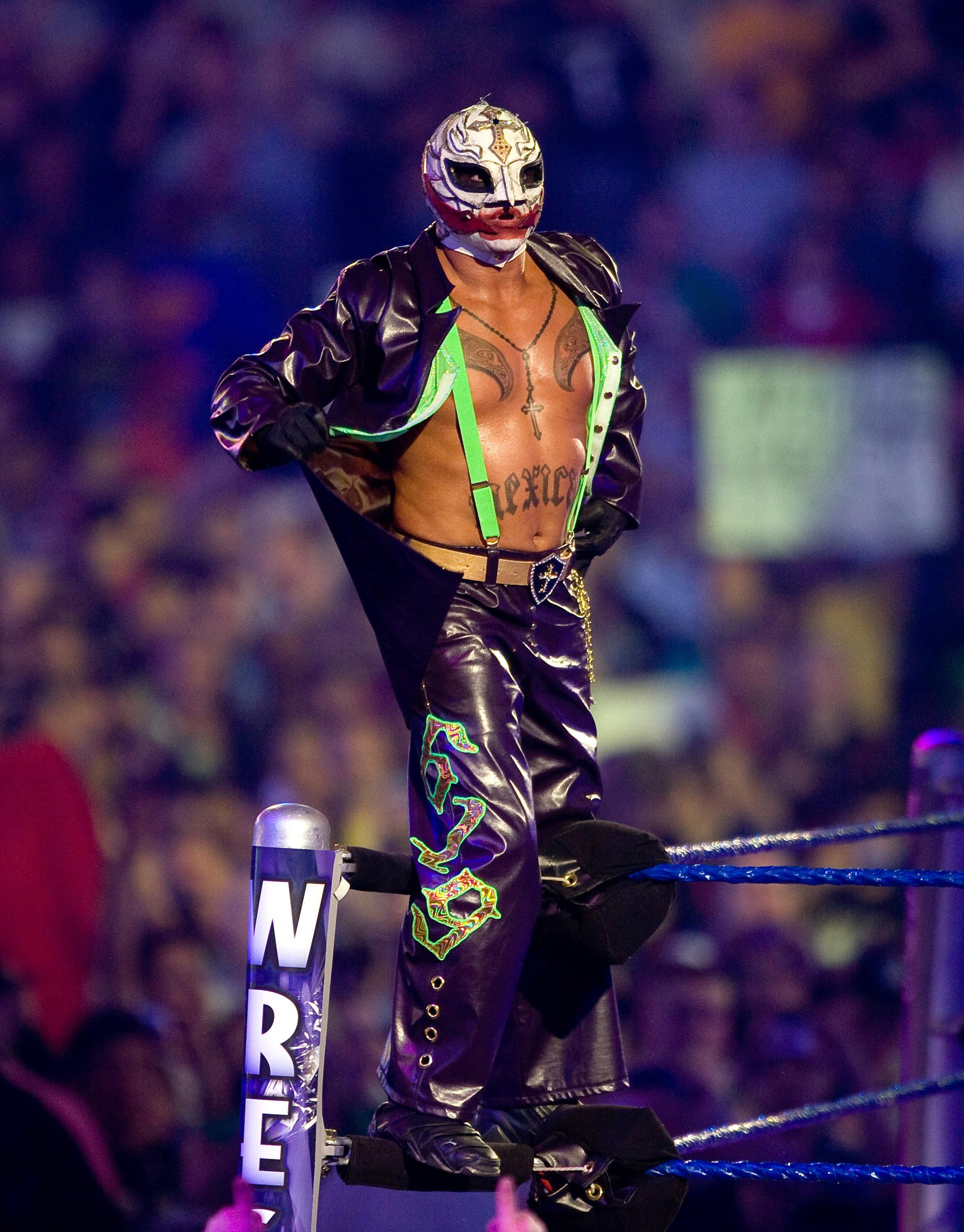 WWE Cool pictures of rey mysterio