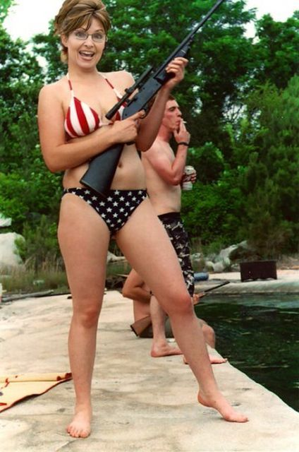 Sarah Palin in Bikini With Rifle Urban Legend