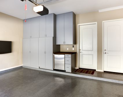 do you install kitchen cabinets before flooring should you install flooring before you install cabinets 14990
