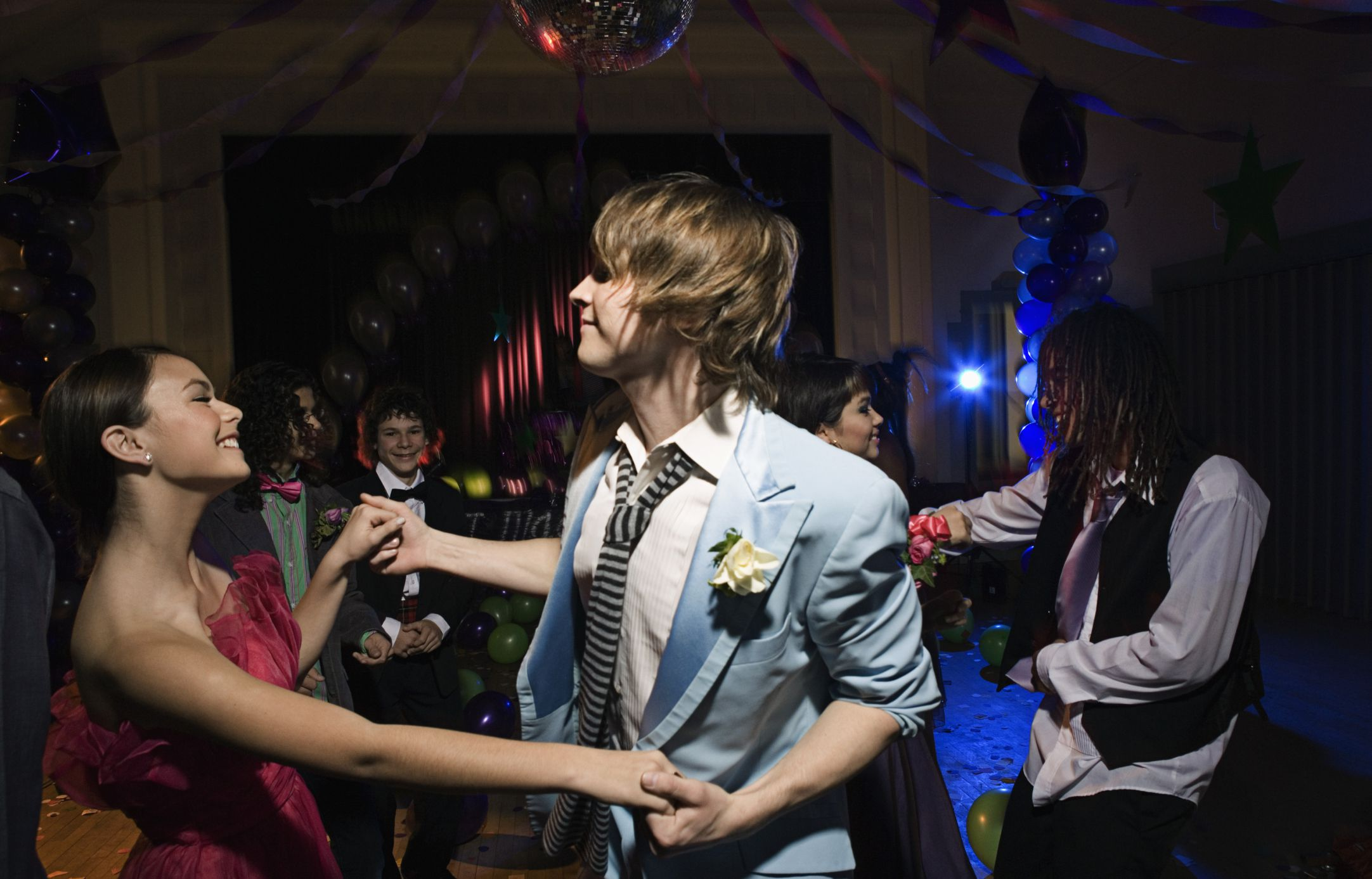 How To Go To Prom With Someone As Just Friends