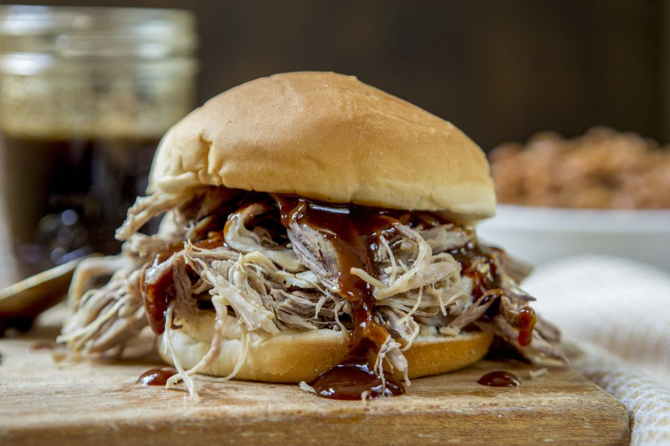 Pulled Pork Sandwich with Barbeque Sauce