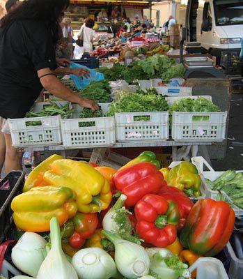 open air market, fivizzano italy
