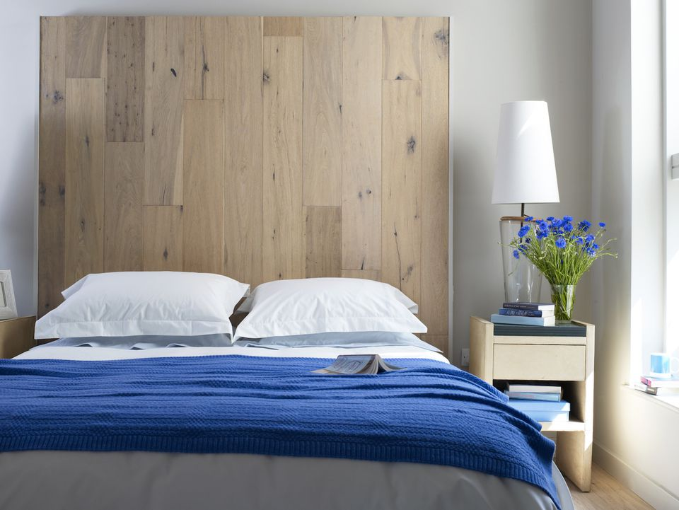 How To Choose Bedroom Furniture For Your Small Guest Room