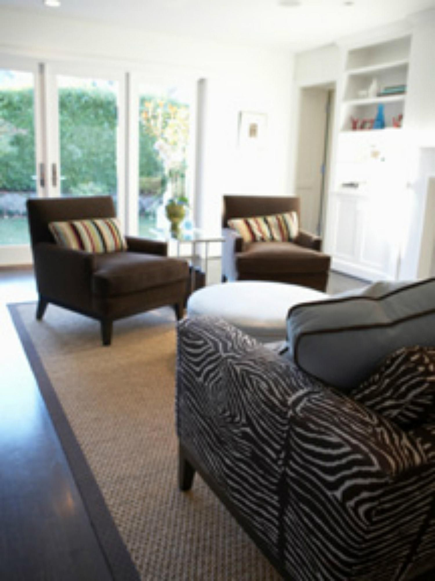 Types of Sofas to Match Your Room Decor