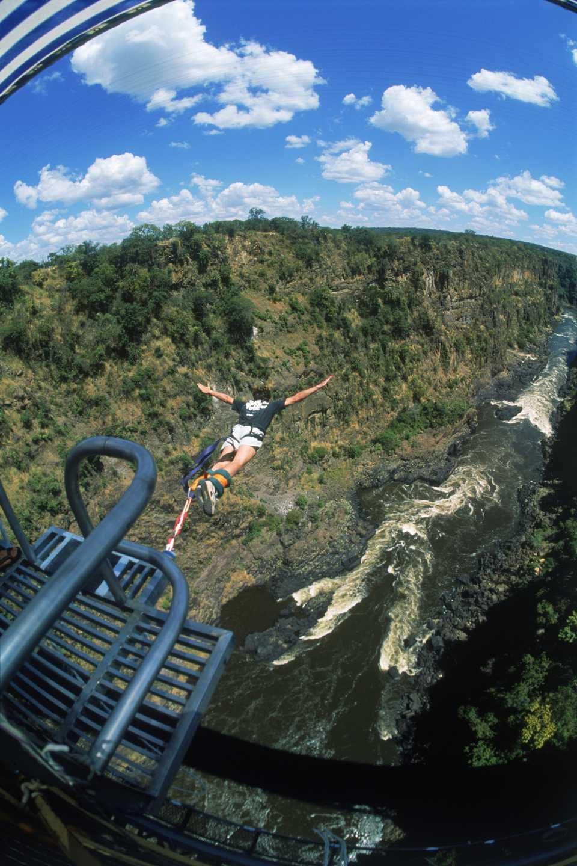 Bungee jumping, Victoria Falls Bridge