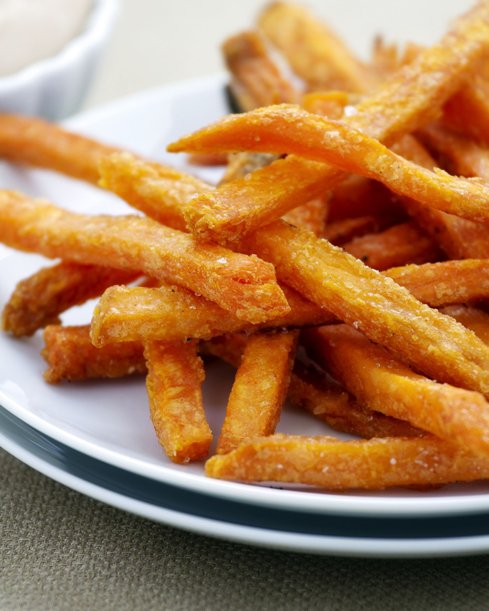 Low-Fat Healthy Baked Sweet Potato Fries Recipe (Vegan