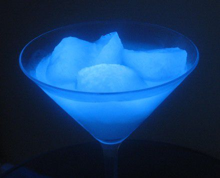 It's easy to make glowing ice that you can eat or use in drinks.