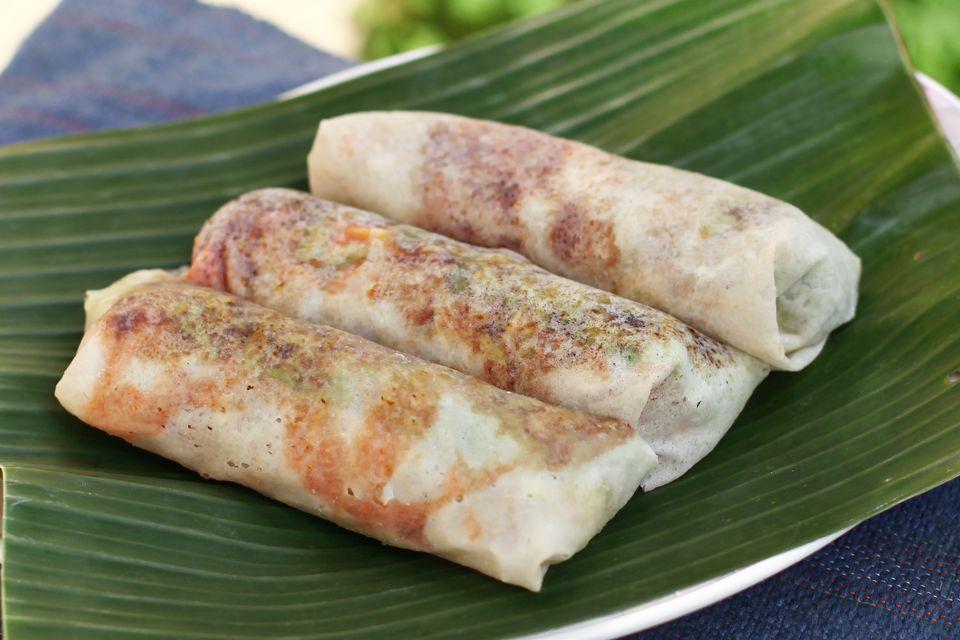 Popiah (Malaysian spring rolls)