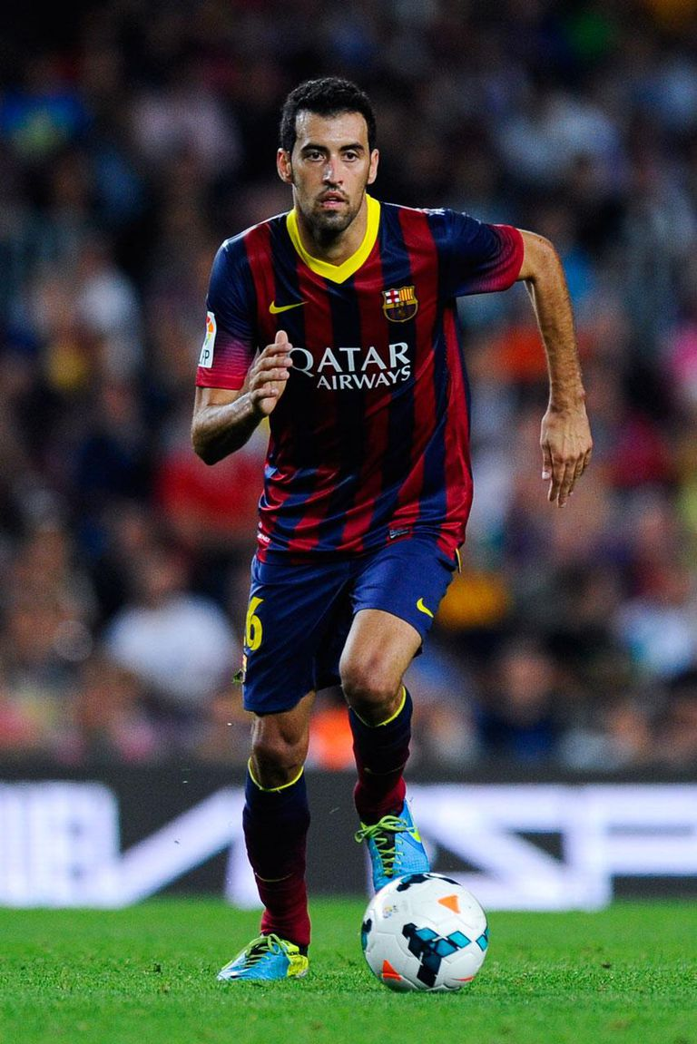 BARCELONA, SPAIN - SEPTEMBER 24: Sergio Busquets of FC Barcelona during the La Liga match between FC Barcelona and Real Sociedad de Futbol at Camp Nou on September 24, 2013 in Barcelona, Spain.