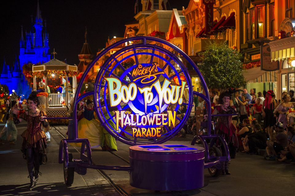 "Opening float annoucing ""Mickey's Boo to You! Halloween Parade."""