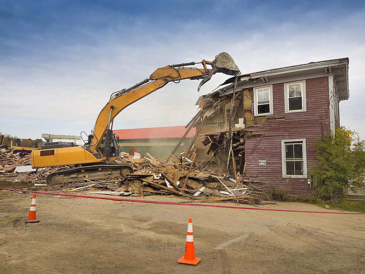 Tearing down a house and alternatives for How to get a construction loan to build a house
