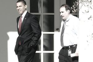Barack Obama and David Axelrod at the White House
