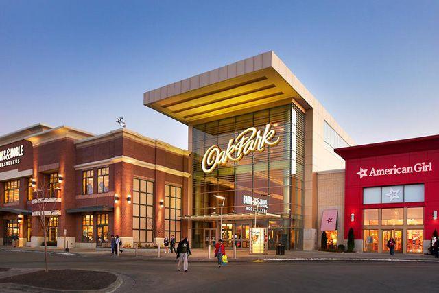 Restaurants By Oak Park Mall Kansas