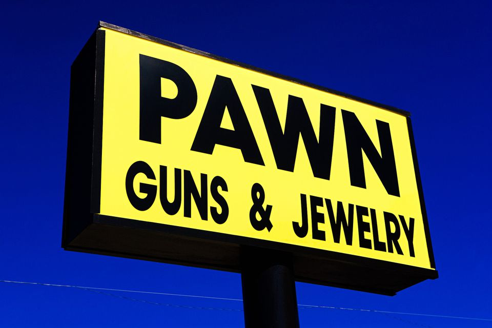 Pawn sign