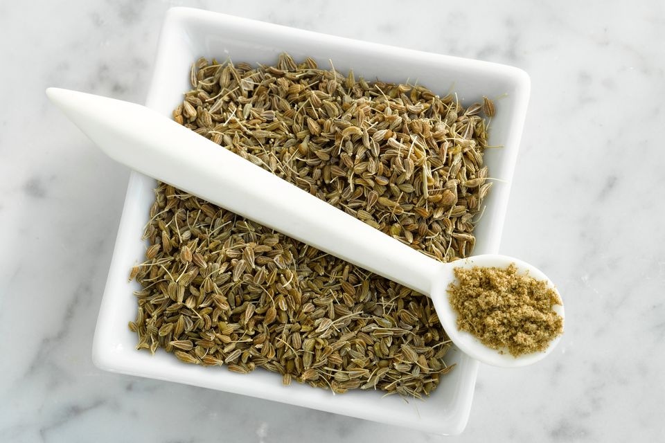 Anise: Whole seed and ground