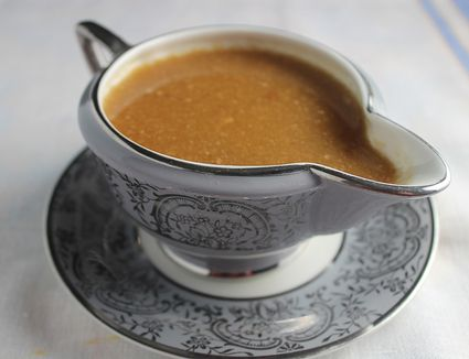 Easy And Delicious Recipe For Homemade Brown Gravy