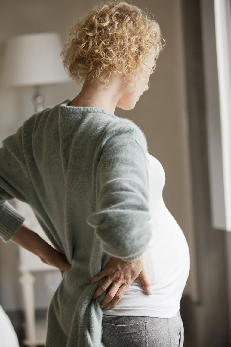 pregnant woman with back pain