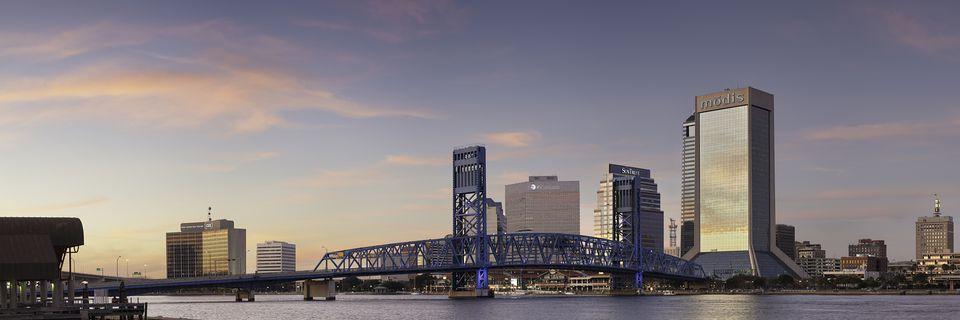 Jacksonville Riverwalk Sunset