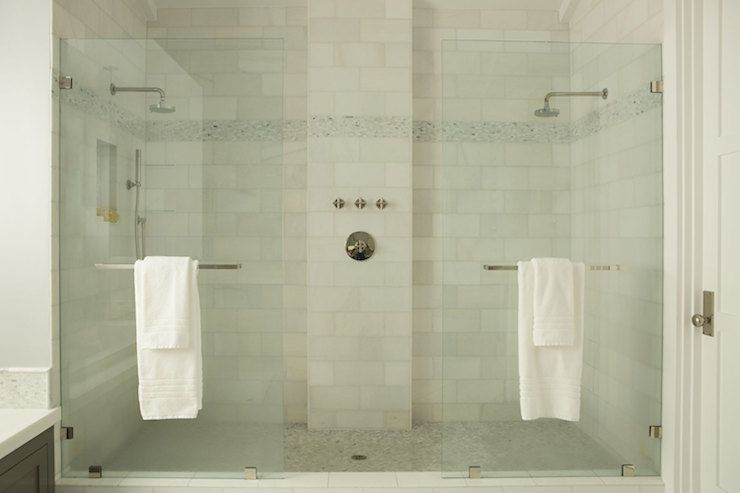 14 bathrooms with double showers for Bathroom ideas double shower