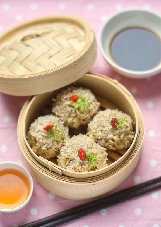 Chinese Pearl Meatball Banquet Food Recipe