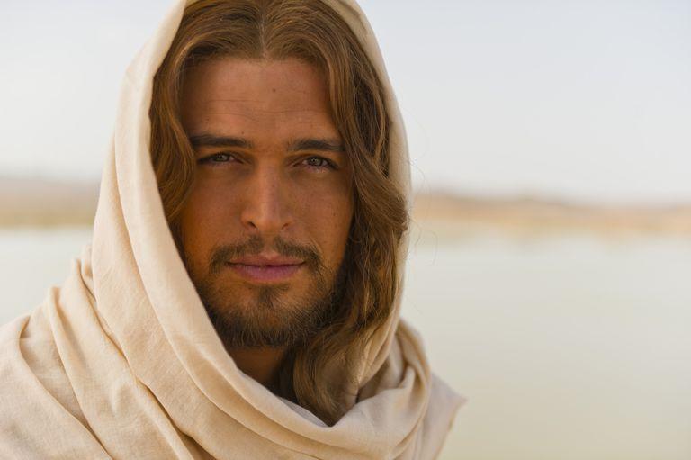 The Title Son of God Affirms Jesus Christ\'s Divine Nature