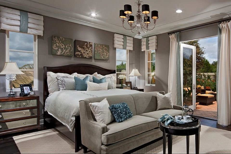 master bedroom seating area - Master Bedroom Interior Design